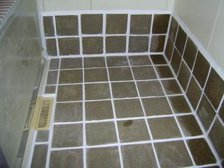浴室コルク 035.jpg